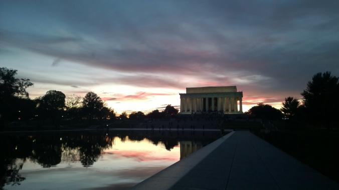 lincoln memorial sunset