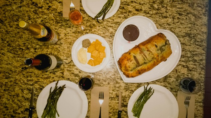 valentine's day & beef wellington (6 of 9)