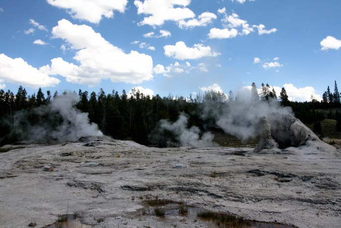 Yellowstone on an EPIC U.S. Road Trip-11