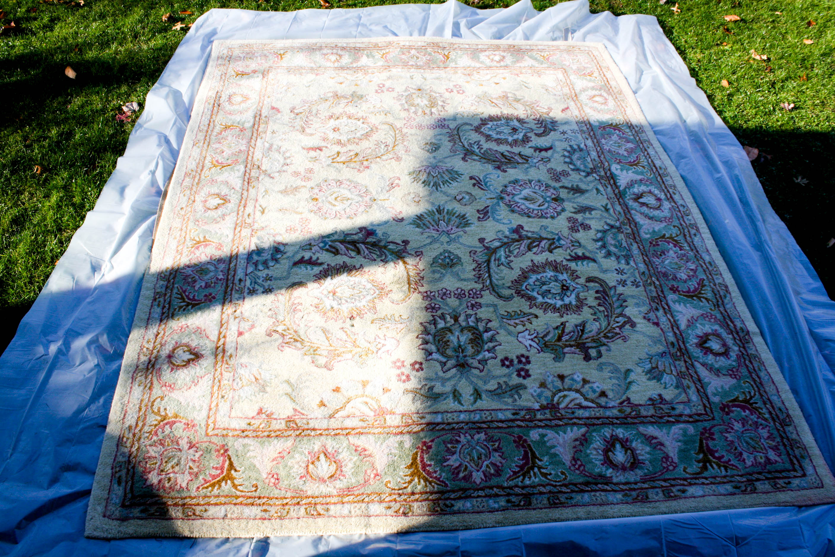 Overdyed Rug with RIT fabric dye DIY-9 | tiny kelsie