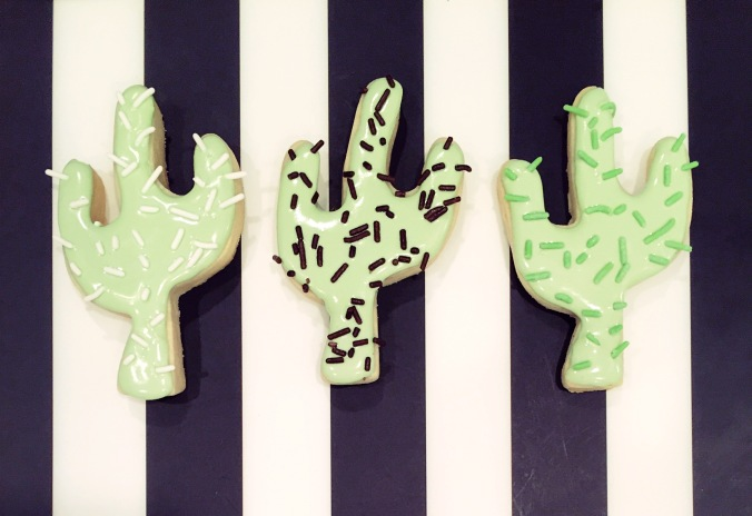 Cinco de Mayo cactus sugar cookies with royal icing