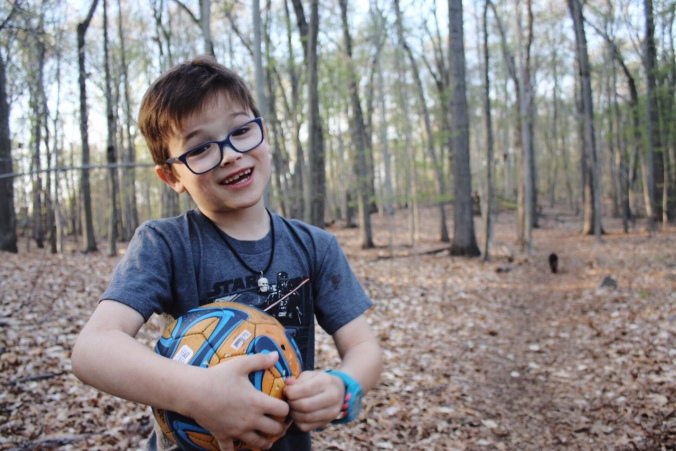 Hiking with kids Town of Fairfield Mill Hill Open Space April 30