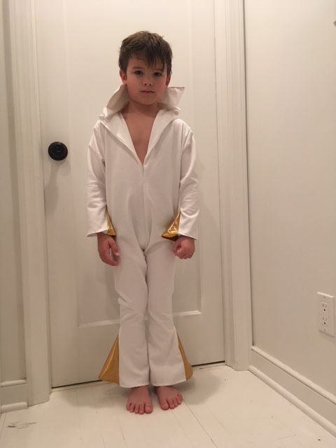 How to make a diy boys elvis jumpsuit halloween costume tiny kelsie adding the collar boys white elvis jumpsuit diy solutioingenieria Image collections