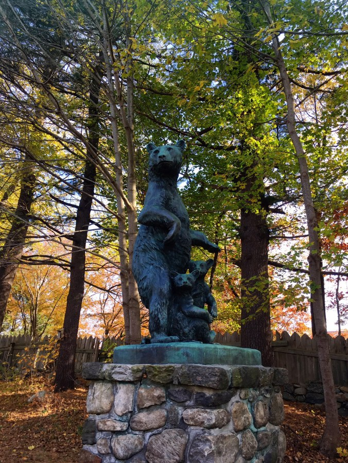 bear-sculpture-by-anna-hyatt-huntington-collis-p-huntington-hiking-in-bethel-newtown-and-redding-ct-in-autumn-november-2-2016