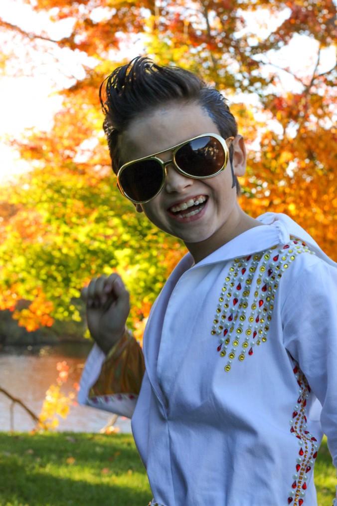 diy-elvis-costume-white-jumpsuit