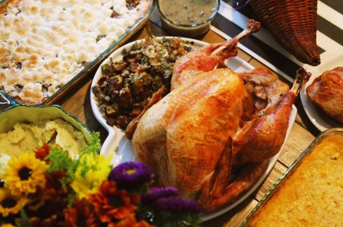 16-thanksgiving-spread-2016