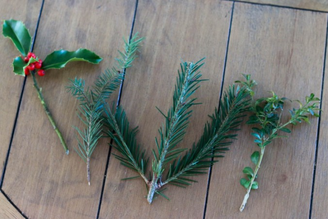 diy-natural-christmas-wreath-with-wire-hangers-or-a-hula-hoop-11