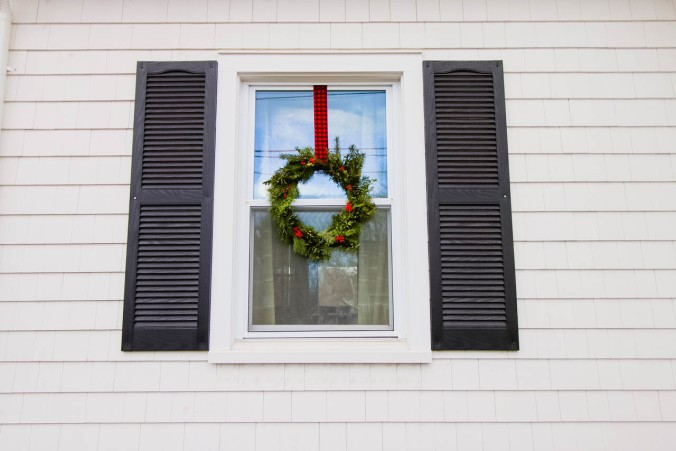 diy-natural-christmas-wreath-with-wire-hangers-or-a-hula-hoop-21