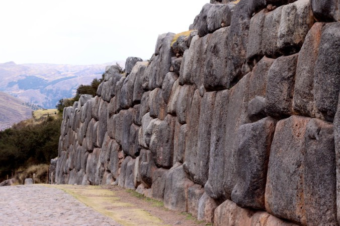 one-day-in-cusco-itinerary-horseback-to-sacsaywaman-alpacas-street-food-44