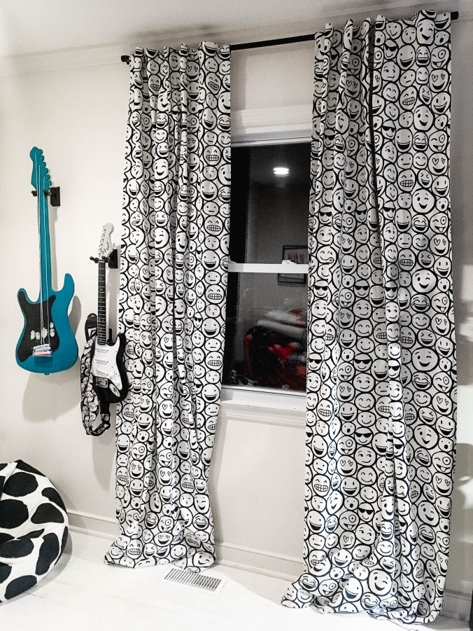 try it cheaper pvc pipe curtain rod tiny kelsie. Black Bedroom Furniture Sets. Home Design Ideas