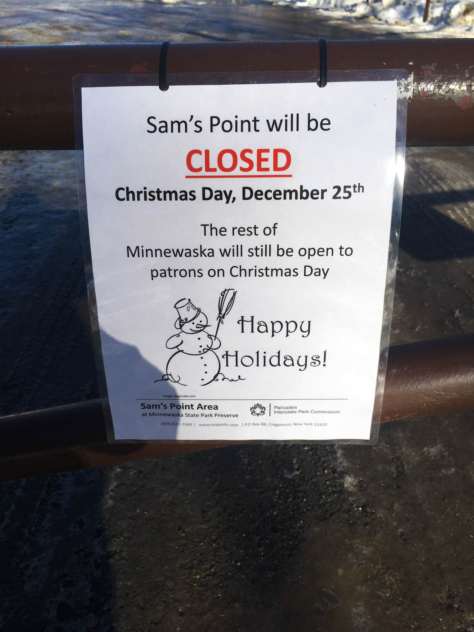 christmas-hiking-in-new-york-minnewaska-state-park-sams-point-2