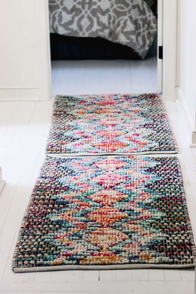diy-how-to-combine-two-woven-rugs-to-become-one-1