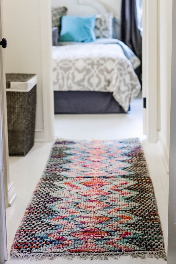 diy-how-to-combine-two-woven-rugs-to-become-one-11
