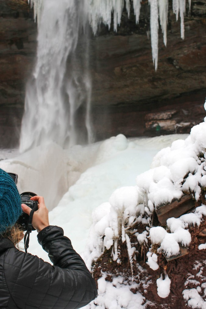 winter-ny-hiking-and-ice-climbing-in-the-catskills-kaaterskill-falls-16