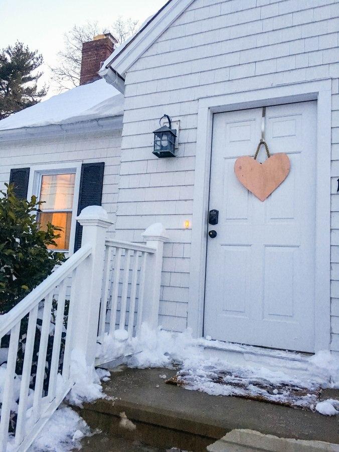diy-valentines-day-front-door-decor-wreath-11