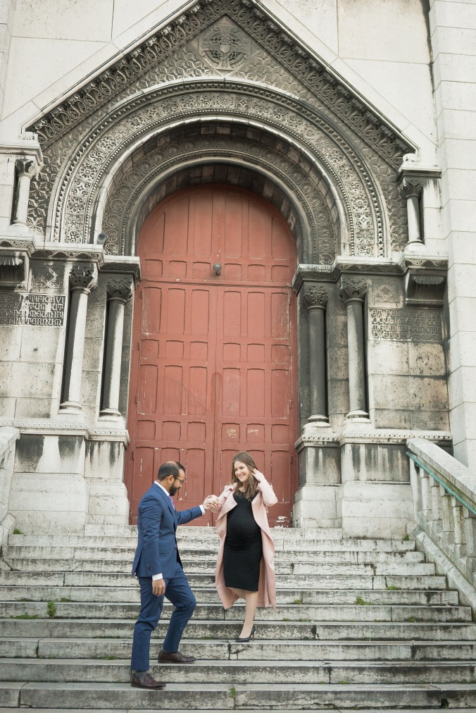 spring babymoon maternity shoot in Paris Sacré-Cœur April 2018