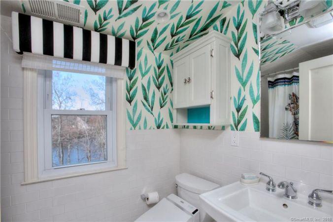 tiny kelsie oreta house after jungalow bathroom