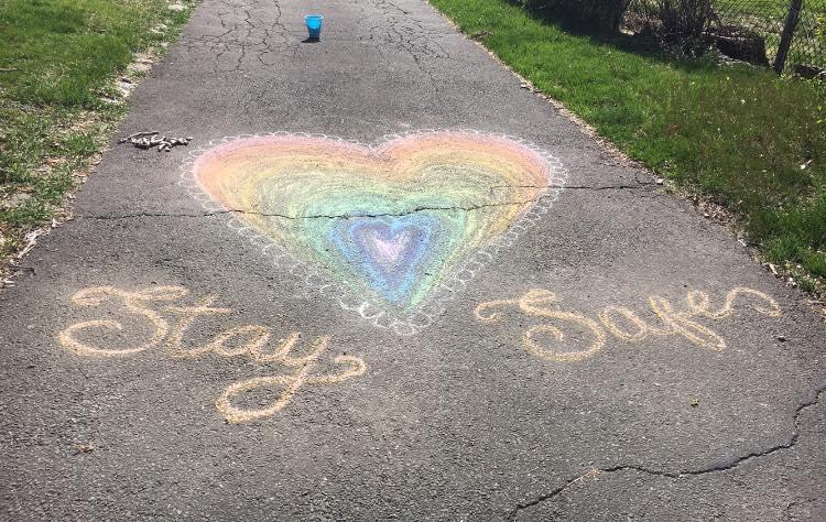 messages of hope rainbows covid coronavirus quarantine